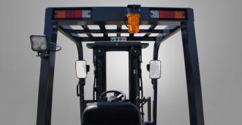 fb25-featured-view-through-mast